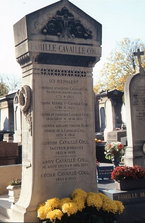 Grave marker of the Cavaillé-Coll family