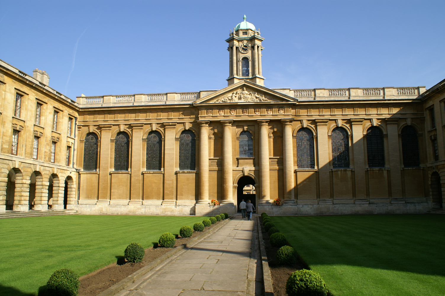 Queens College, Oxford (Photo: R Blanch)